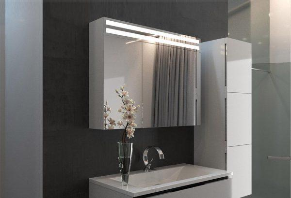 Зеркало со шкафчиком для ванной комнаты