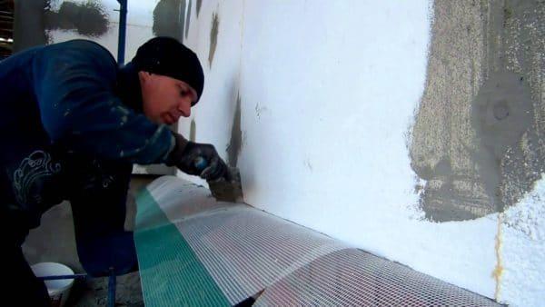 Армирование фасада перед нанесением штукатурки