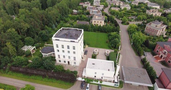 Белый дом на Рублевке