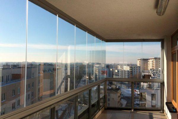 Финское Безрамное остекление балконов