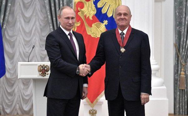 Владимир Меньшов карьера и биография