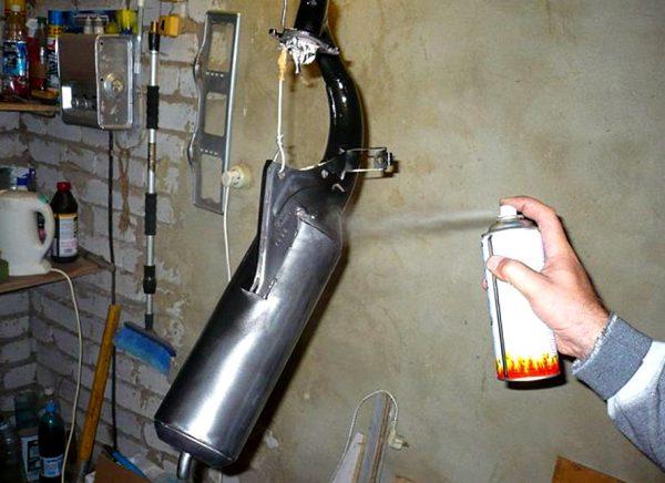 Окрашивание автомобильного глушителя