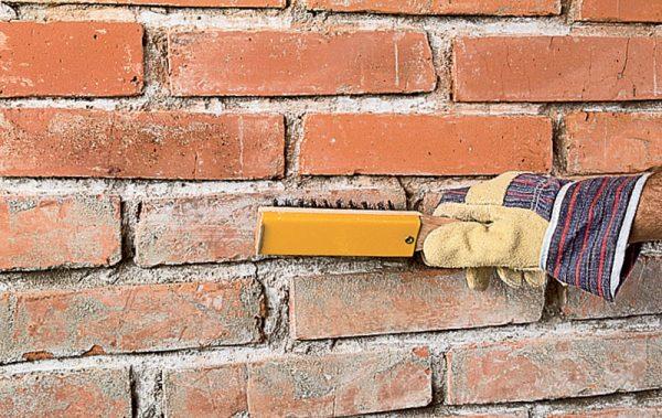 Подготовка кирпичной стены к штукатурке