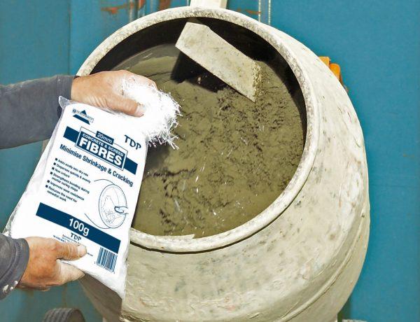 Приготовление цементного раствора с фиброволокном