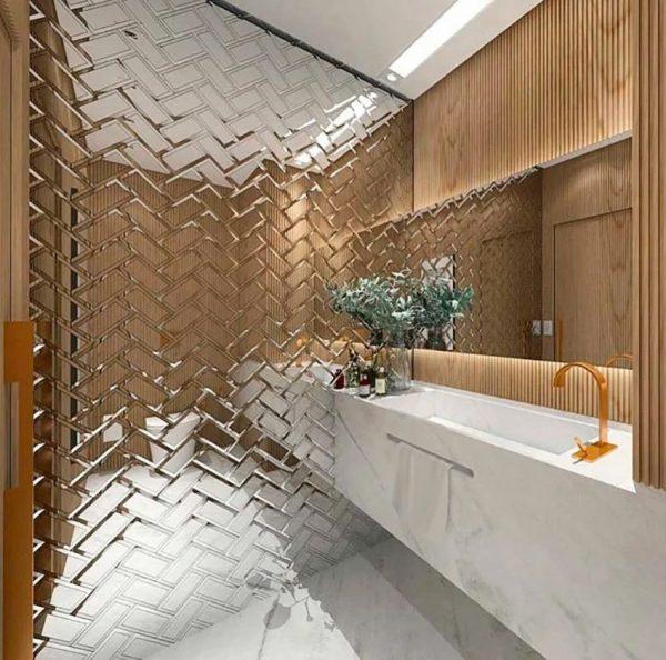 Зеркальная плитка кирпичиком в ванной