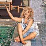 Ирина у бассейна