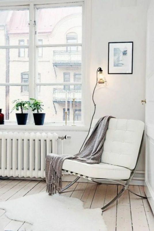 Кресло в скандинавском стиле