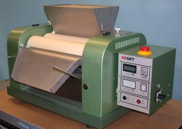 Лабораторная трехвалковая краскотерочная машина