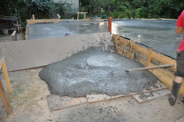 Остатки бетонной смеси