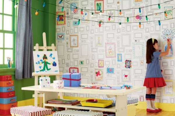 Раскраски на стенах в детской