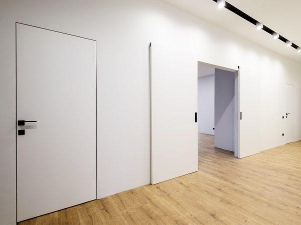 Раздвижная дверь невидимка