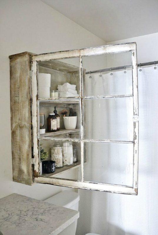 Шкафчик для ванной из старых оконных рам
