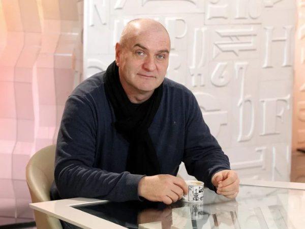 Александр Балуев