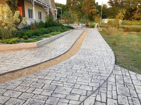 Использование печатного бетона для обустройства придомовой территории