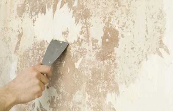 Очистка поверхности шпателем