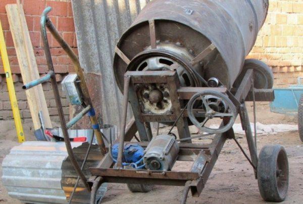 Привод из двигателя от стиралки