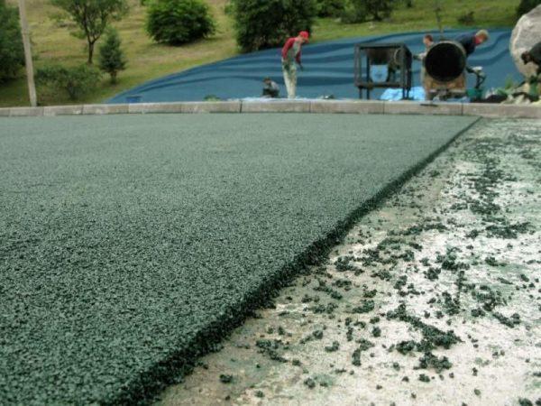 Дорожное покрытие из резиновой крошки