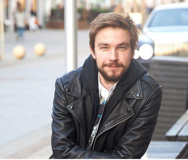 Александр Петров — известный российский актер