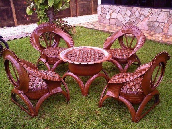 Мебель из шин для сада и огорода