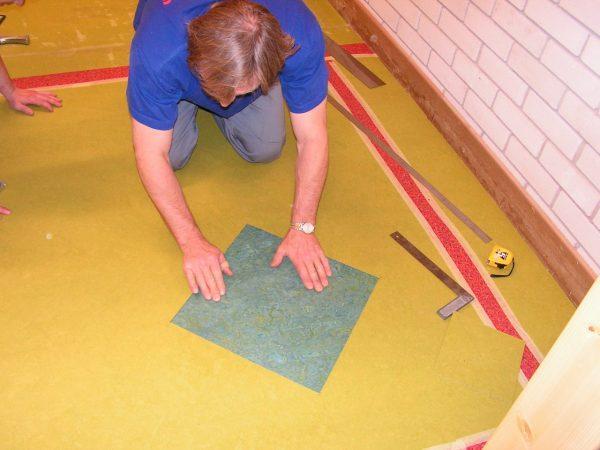Подготовка плит к укладке