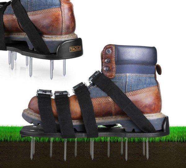 Гвоздевые сандалии для газона