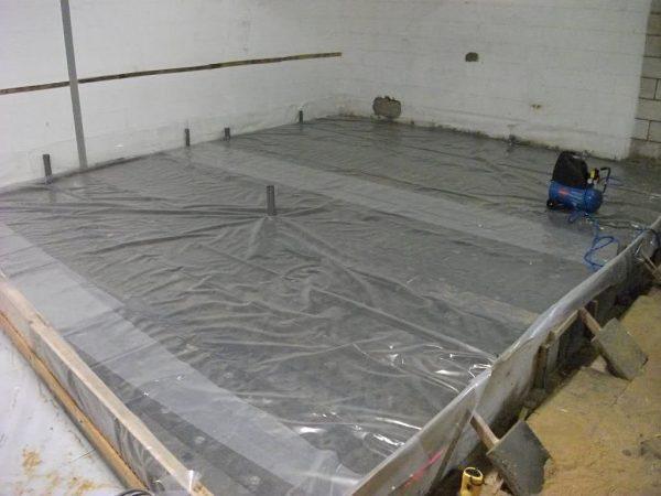 Использование расширяющегося бетона