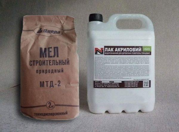 Приготовление шпаклевочной смеси из лака и мела