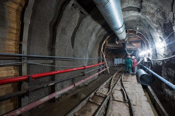 Своды тоннеля из расширяющегося бетона