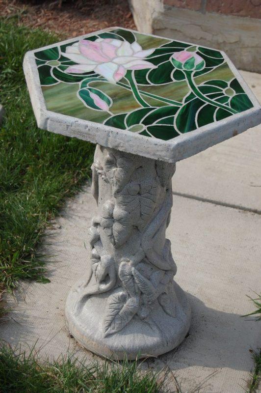 Столик из арт бетона