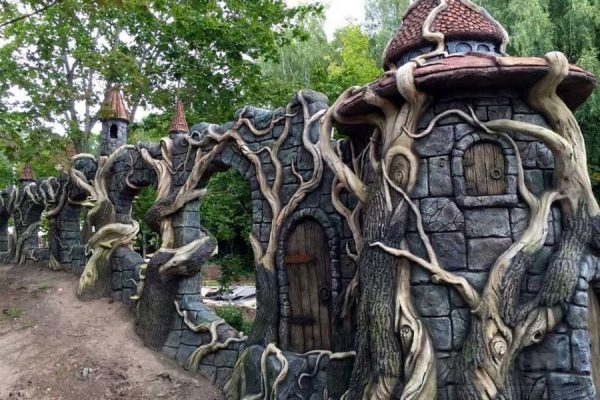 Арт бетон домик дерево