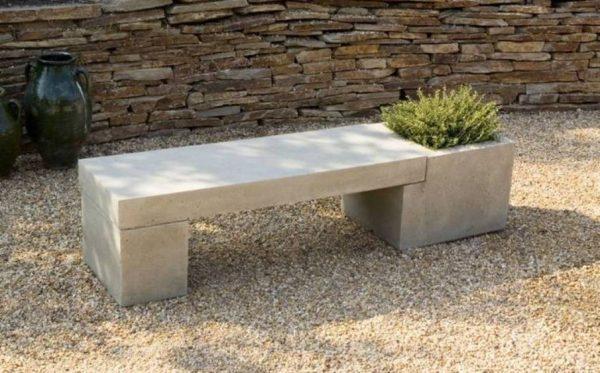 Скамейка бетонная для дачи