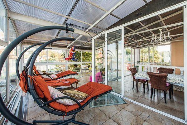 Разборная терраса для отдыха и встреч с гостями