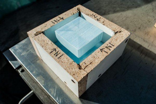 Форма для заливки будильника из бетона