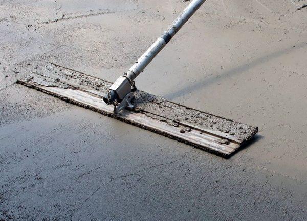Гладилка для выравнивания бетона