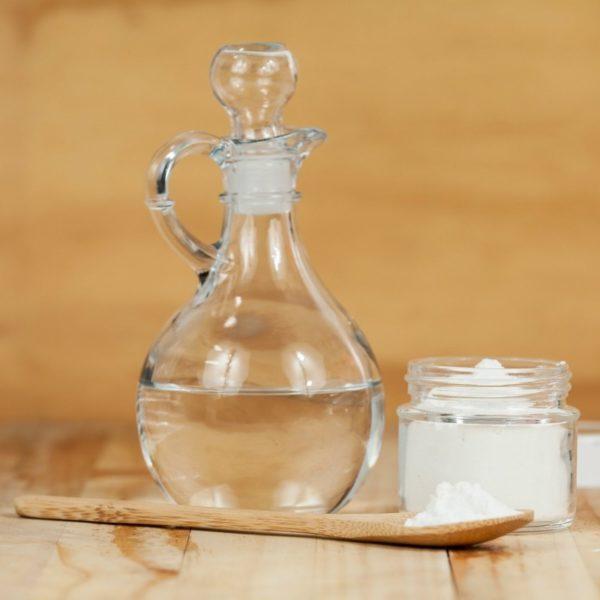 Уксусная кислота отличное средство для чистки посуды