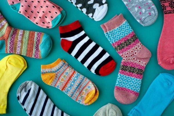 Скрепление пары носков