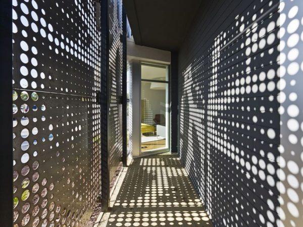 Декоративные перфорированные металлические панели