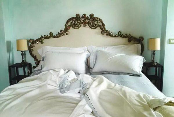Спальная комната в итальянской вилле