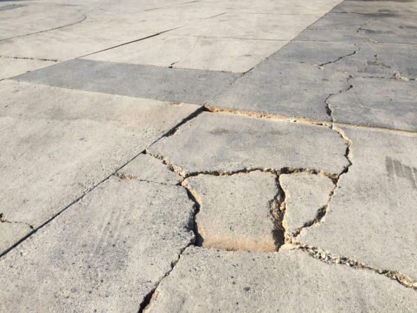 Возникновение трещин в бетонных конструкциях