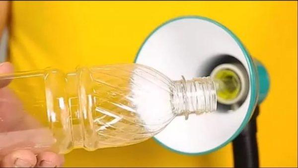 Приспособление для удаления цоколя лопнувшей лампочки