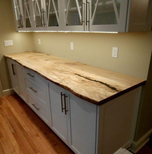 Кухонная столешница из слэба