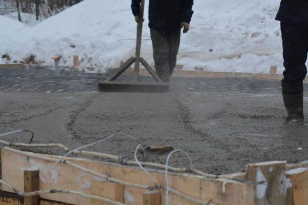 Гладилка для бетона деревянная