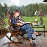 Анита Цой в загородном доме