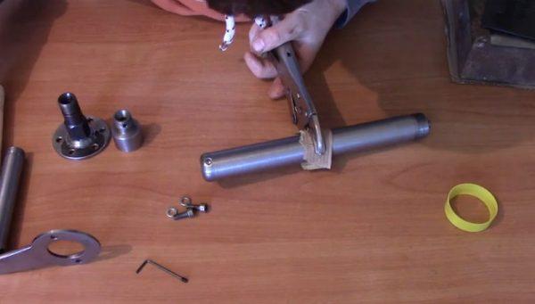 Бетонный вибратор из трубок