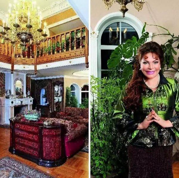Гостиная в доме Ольги Платоновой