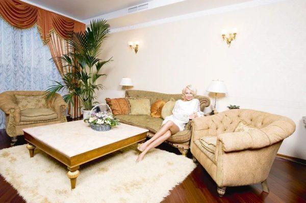 Гостиная, оформленная в классическом стиле