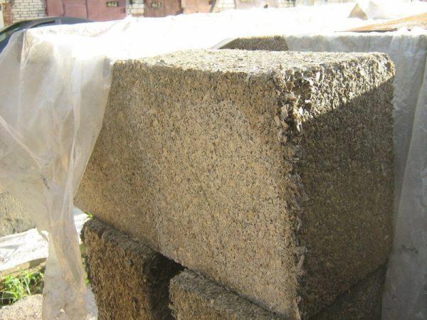Строительные блоки из опилкобетона