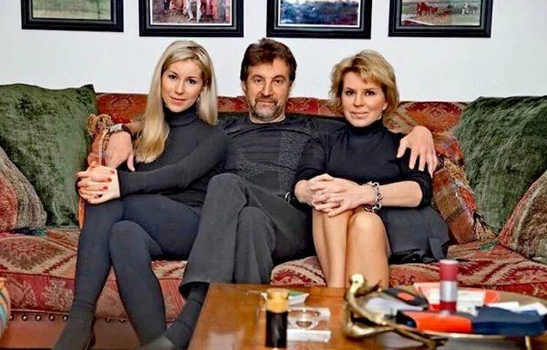 Ярмольник с женой и дочерью