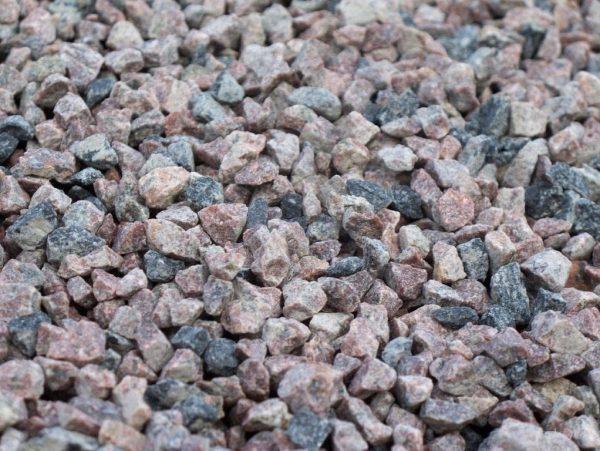 Гранитный щебень для наполнения бетона