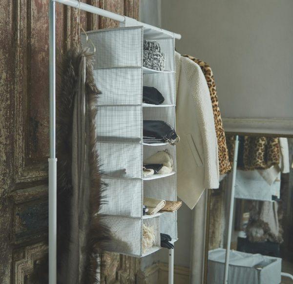 Вертикальный модуль для хранения одежды